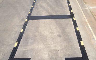 Báscula puente empotrada en suelo con plataforma de hormigón